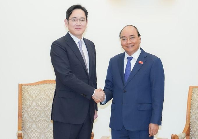 Thủ tướng đề nghị Samsung đầu tư mảng bán dẫn tại Việt Nam
