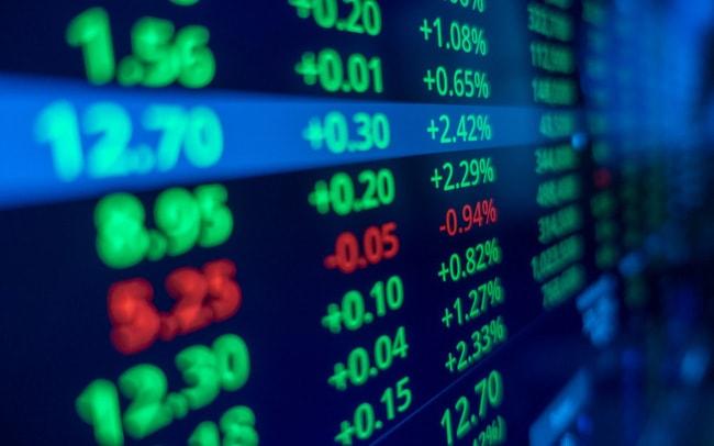 """Điểm nhấn cổ phiếu năm 2020: Chứng khoán, ngân hàng, thép, khu công nghiệp """"dậy sóng"""", hàng không lao đao vì Covid-19 - ảnh 1"""
